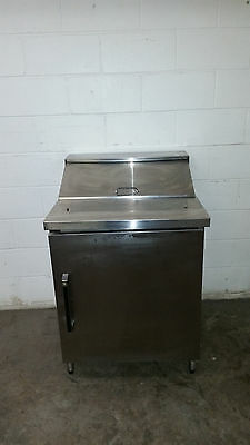 "Star PE-6-E 27"" Salad Sandwich Refrigerated Prep Table Tested 115 Volt"