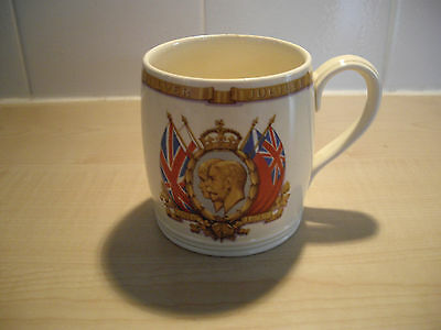 GEORGE V and QUEEN MARY Silver Jubilee 1910 - 1935 Commemorative MUG