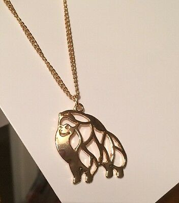 Gold Coloured   POMERANIAN NECKLACE  - Metal Alloy DETAILED ~~ Stunning Dog