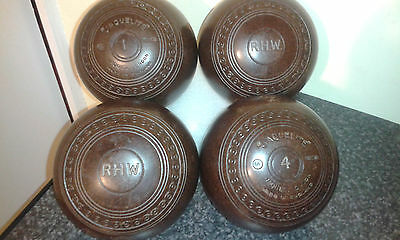 Set of 4 Jaques Bowls Size 5. In Brown.