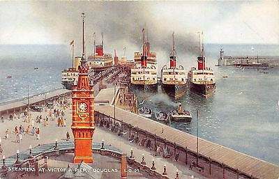 POSTCARD   ISLE  OF  MAN  Steamers  at  Victoria  Pier
