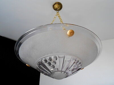 Fine & Strict Geometrical Art Deco Glass Chandelier France 1930 Ceiling Lamp