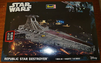 REVELL Monogram Star Wars Republic Star Destroyer Plastic Model Kit 6458