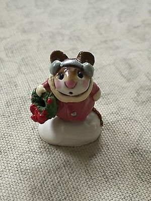 Wee Forest Folk - WFF Holly Mouse Retired