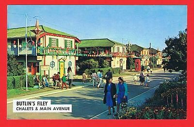 Butlin's Filey Chalets & Main Avenue Free P&P to UK (ref X90)