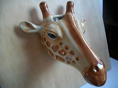 Fabulous Giraffe  Wall Vase By Quail Pottery New And Boxed ideal gift