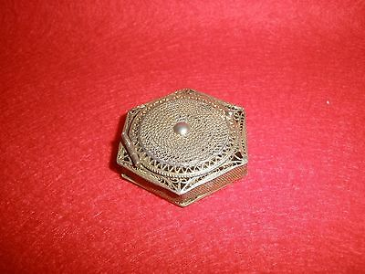 Vintage Italy 800 Silver Filligree Pill Box with Gold Wash