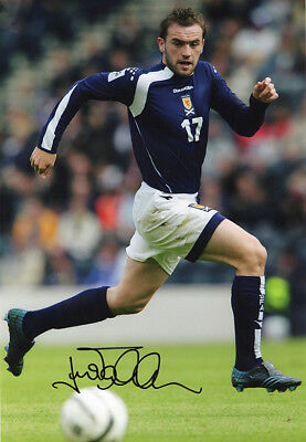 James McFadden, Scotland, Motherwell, Everton, signed 12x8 inch photo. COA.