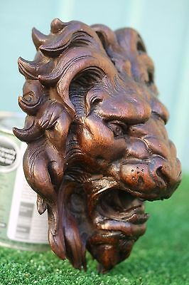 STUNNING 17thC GOTHIC WOODEN OAK LION HEAD CORBEL WITH INTRICATE CARVING c1680s