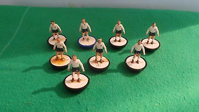 Subbuteo Spare Players Fulham x8