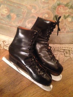 Fagan Leather Ice Skates Size 9 With Blade Covers