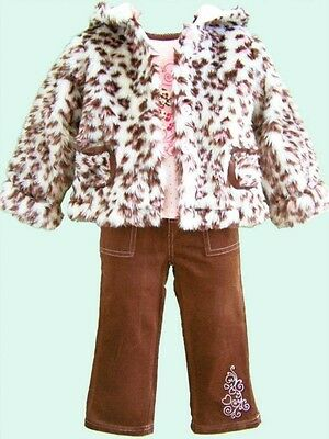 Girls 3 piece outfit. Beautiful. 5-6. Bnwt