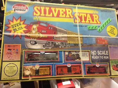 Model Power complete set HO train set new in box vintage Santa Fe silver star