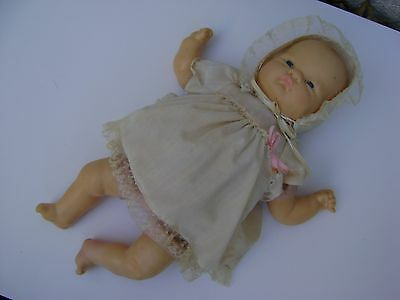 Vintage 1977 Vogue Welcome Home Baby Doll Eloise Wilkin Design