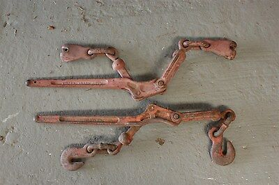 2 x chain dogs Lot 1 Chain lock down