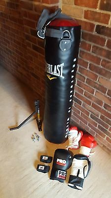 Everlast Boxing Package Punch Bag Gloves Wraps