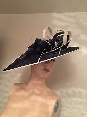 Fabulous Mother Of The Bride Hatinator Navy/white