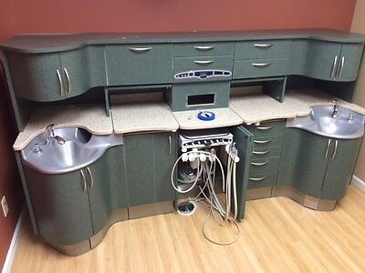 Pelton and Crane executive dental unit with delivery
