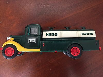 1982 or 1983 Hess Truck Red Switch