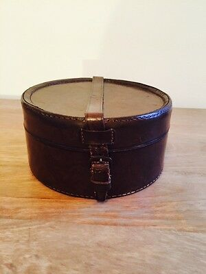 Vintage Brown Leather Collar Box