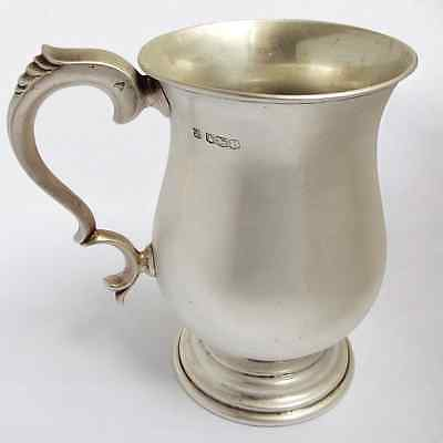 Handsome Large heavy English Antique 1951 Solid Sterling Silver one pint Tankard