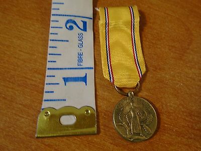 US Armed Forces American Defense Mini Military Medal Military Award  I