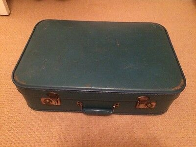 Vintage Turquoise Colour Suitcase In Good Condition