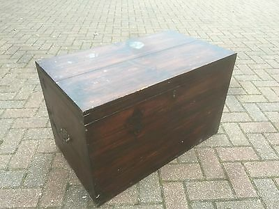 1930's Trunk / Ottoman / Blanket Box / Toy box. Open To Offers.