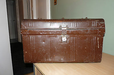 VINTAGE METAL TRUNK by JONES BROTHERS & CO - THE WIMBLEDON - GREAT QUALITY