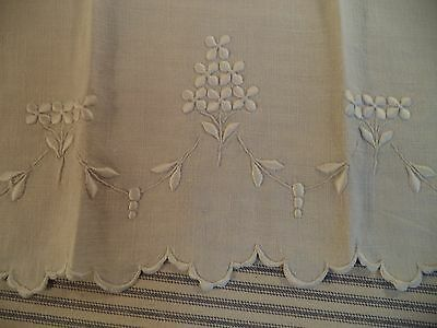 Antique Linen Guest/Hand Towel-Hand Embroidered with Scalloped Edges