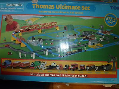 Thomas The Tank Engine Ultimate Set - over 150 pieces with Extras(cars, tracks)