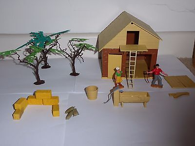 Vintage Timpo toy farm series cowshed no. 167