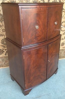 A Good Antique Style Cabinet ~ Cupboard ~ Drinks ~ Office ~ Mahogany