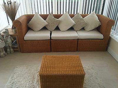 Conservatory 3 Seater Sofa And Table