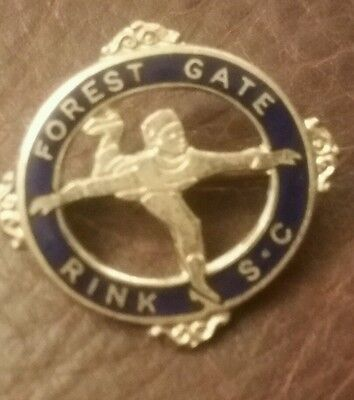 VINTAGE FOREST GATE SKATE CLUB   Enamel  Badge