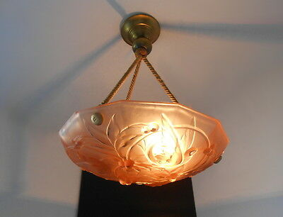 Beautiful Art Deco Bird's Decor Glass Chandelier Ceiling Light From France 1930s
