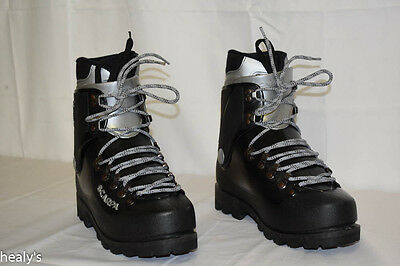 Scarpa Inverno Mountaineering Boots - Size UK 7 - Vibram Sole