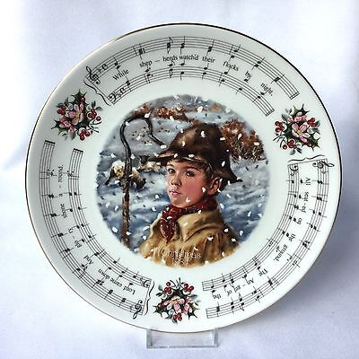 Royal Doulton Christmas Carol's Collectors Plate 'While Shepherds Watched' 1984