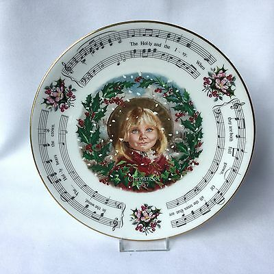 Royal Doulton Christmas Carol's Collectors Plate 'The Holly And The Ivy' 1987