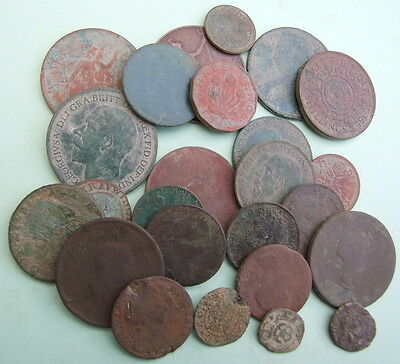 25 x Detector Found Coins & Tokens