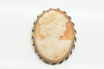Vintage 1968 Ladies 9ct Yellow Gold Large Cameo Pin Brooch, 10.2 g.