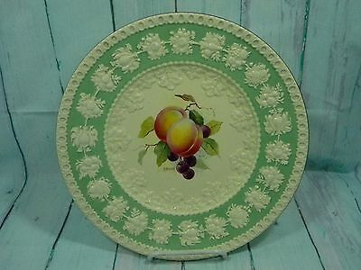 WEDGWOOD Embossed Queensware Cream  Mint Green Peaches Grapes Plate