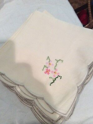 12 embroidered cotton/polyester napkins ecru w/ pink