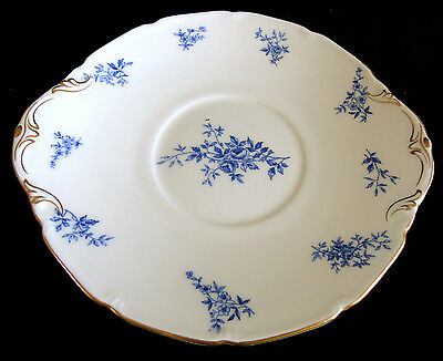 Antique Royal Doulton Serving Plate with Blue Floral Motifs and Gold Trim – 1914