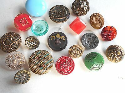 Antique/vintage Mix Of 19 Metal And Glass Buttons  #398
