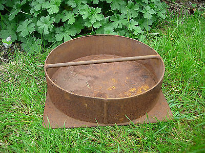 Vintage Metal  Small Round  Garden Trough / Herb Planter (529)