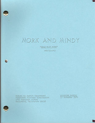 """MORK AND MINDY show script """"Hold That Mork"""""""