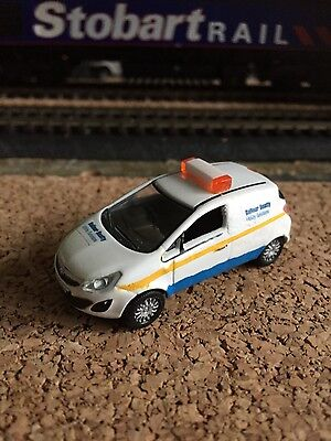 1/76 Code 3 Oxford Diecast Vauxhall Corsa in Balfour Beatty livery