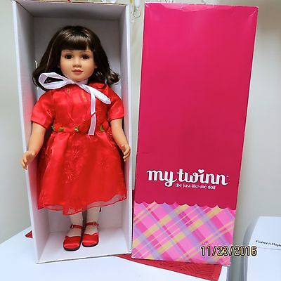 EUC MY TWINN Brunette Brown Eyes In Christmas Dress Outfit With Box Too