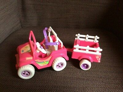 Voiture jeep + remorque Barbie Shelly/Kelly